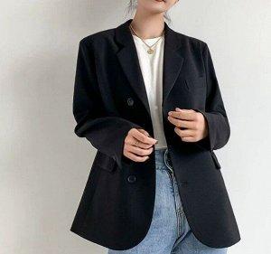 Женский пиджак, с декоративным нагрудным карманом, на 3-х пуговицах, цвет черный