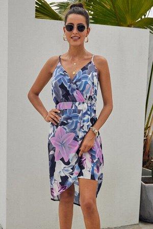 Синее платье-сарафан с цветочным принтом и асимметричной сборкой на юбке