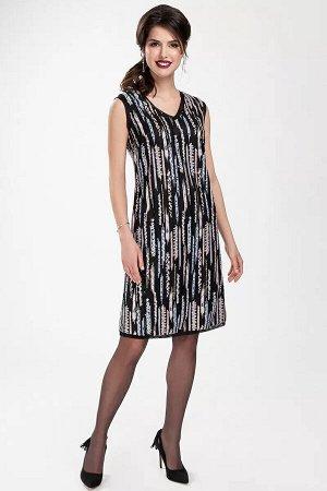 Платье Полуприлегающая модель платья из полотна с пайетками, выглядит очень стильно и дорого. V - образный вырез, платье на подкладке.Срезы проймы рукавов , горловины и низа платья обработаны сетчатым
