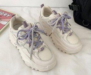 Женские кроссовки с двухцветными шнурками,цвет бежевый/лавандовый