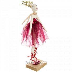 Декоративная фигурка Олень - Леди Эвелин в красном бархатном платье 30 см (Due Esse Christmas)