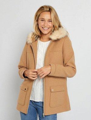 Пальто с капюшоном из материала под шерсть