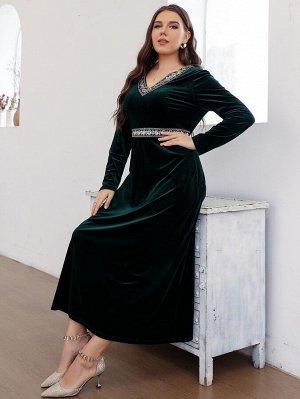 Платье с v-образным вырезом с вышивкой с отделкой из бархата размера плюс