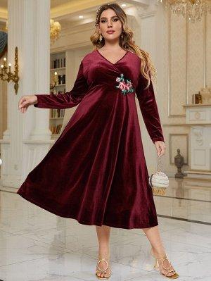 Бархатное платье размера плюс с цветочной вышивкой