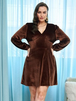 Бархатное платье с длинными рукавами размера плюс