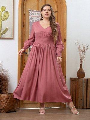 Платье с v-образным вырезом размера плюс