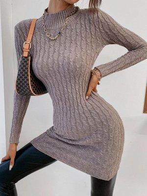 Вязаное платье-свитер с воротником-стойкой