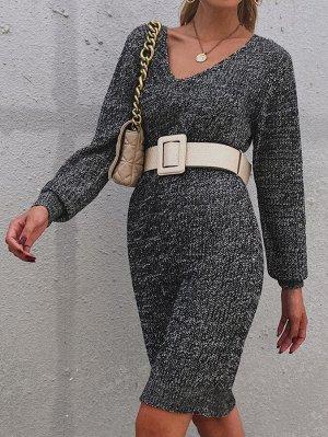 Вязаное платье-свитер с v-образным воротником без пояса