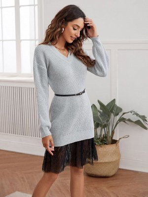 Вязаное платье-свитер в рубчик