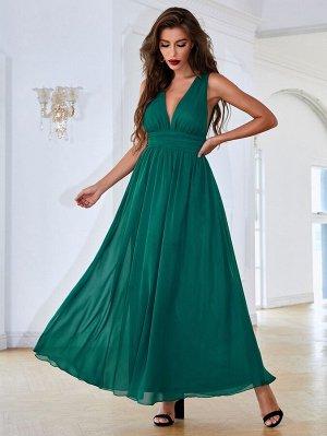 Платье с открытой спиной и узлом сзади