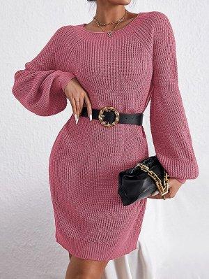 Вязаное платье-свитер с рукавом-реглан в рубчик без пояса