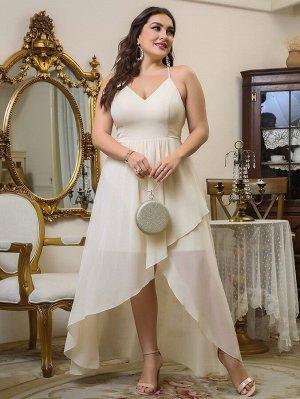 Платье на бретельках размера плюс