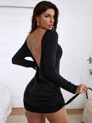 Платье-свитер с вырезом на спине на кулиске