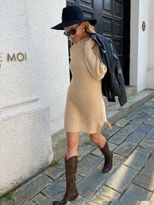 Платье-свитер с воротником-стойкой с рукавом-реглан разрез без пояса