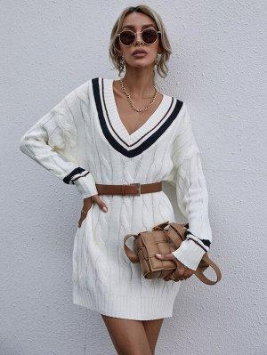 Вязаное платье-свитер с контрастной отделкой без пояса