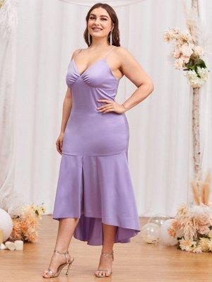 Асимметричное платье на бретельках размера плюс