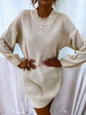 Вязаное платье-свитер