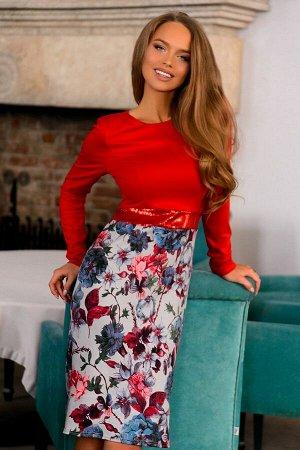 Платье Элегантное платье выполнено из плотного трикотажа алого цвета в сочетании с цветочным принтом. Платье будто разделяет ремешок, расшитый блестящими пайетками. Фасон идеально подчеркивает фигуру,