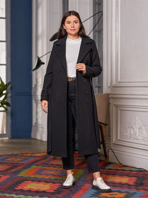Пальто Ткань верха: Джерси (вискоза 45%, шерсть 40%, полиэстер 15%)  Демисезонное однобортное классическое пальто. Модель прямая, с английским воротником застегивается на пуговицы. Карманы косые проре