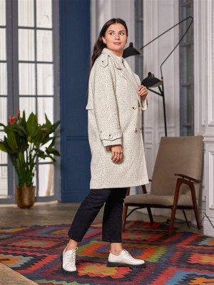 Пальто Ткань верха: трикотаж рябушка (шерсть 60%, вискоза 30%, полиэстер 10%,)  Пальто-тренч- одна из желанных моделей сезона! Прямой силуэт и внимание к каждой детали сделали эту модель невероятно ст