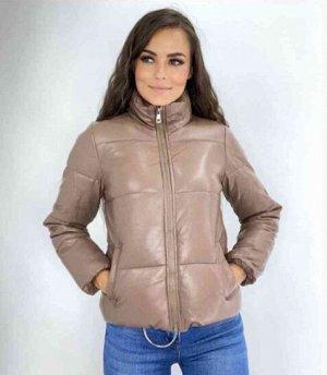 Осенняя куртка из эко кожи