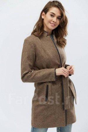 Демисезонное пальто 46рр
