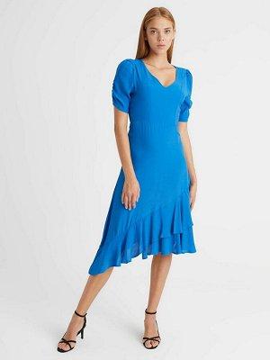 Асимметричное платье с воланом