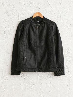 Короткая куртка с воротником из искусственного меха