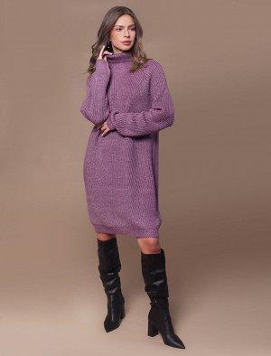Теплое платье крупной  вязки с атласной нитью в пряже