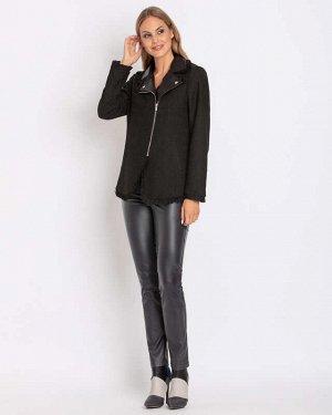 RP Куртка Описание    Байкерский стиль снова в моде Декор бахромой Асимметричная молния Актуальная куртка-косуха от немецкого бренда Rita Pfeffinger выполнена из высококачественного материала.