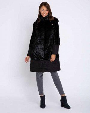 AP Пальто Описание    Дизайнерская модель 2-в-1: теплое пальто превращается в манто Съемные вставки на рукавах и подоле 2 длины подола 2 длины рукавов Съемный капюшон Регулируется кулиской В