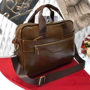 Мужская сумка Makler формата А4 из натуральной кожи цвета латте.