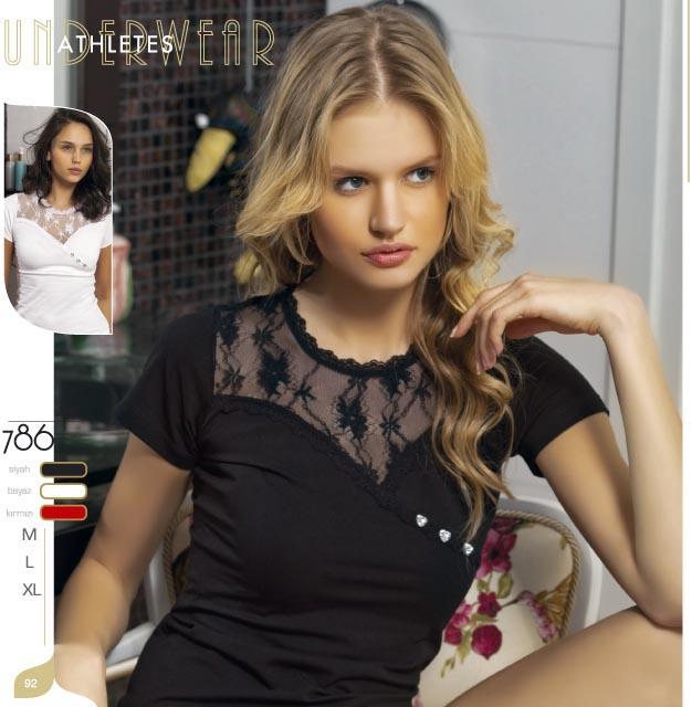 Продам футболку белого цвета, размер 42-44 во Владивостоке