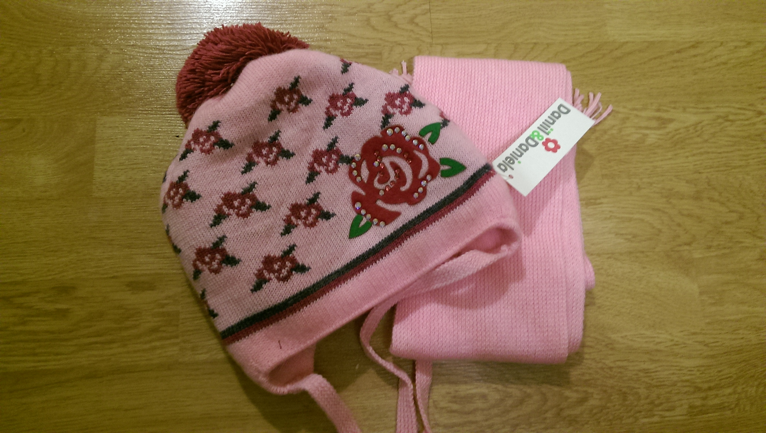 Комплект: шапка и шарф на девочку во Владивостоке