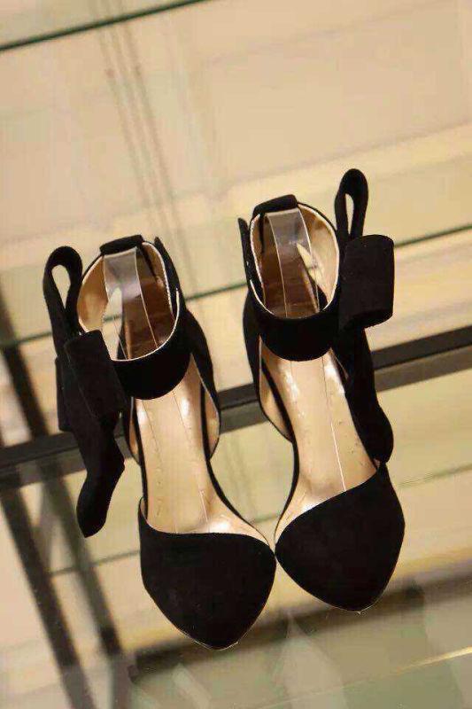 Брендовая обувь во Владивостоке