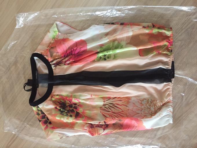 Легкая красивая блуза...Реал. фото во Владивостоке