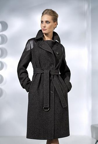 Продам красивое пальто во Владивостоке
