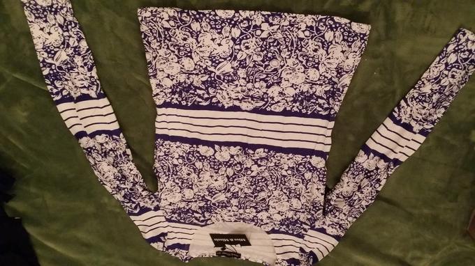 красивая блуза. Другая расцветка. Фото внутри во Владивостоке
