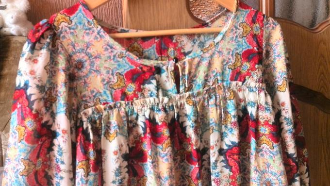 Продам блузку во Владивостоке