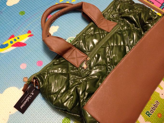 Вместительная стеганая сумка. Зеленая во Владивостоке