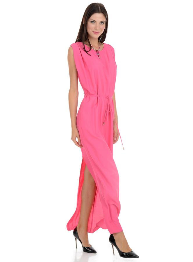 Продаётся платье на высокий рост 170-18 во Владивостоке