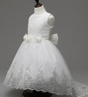 2 нарядных платья в Хабаровске