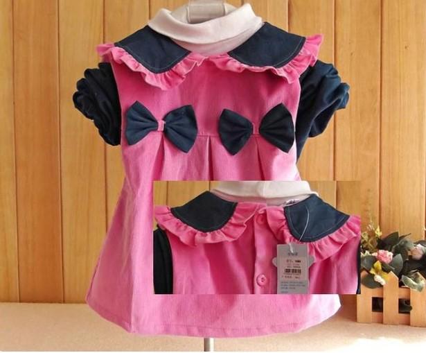 Вельветовое платье-халат с бантиками розовое