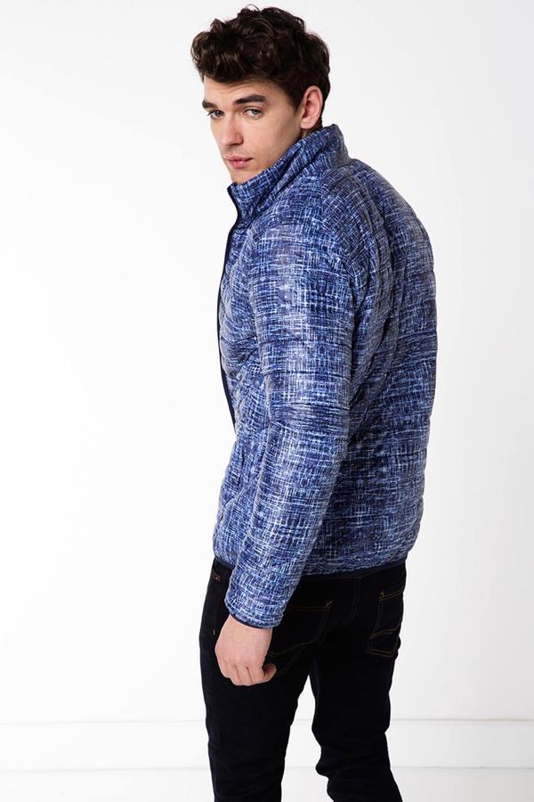 Куртка %100 Poliamid РАЗМЕР XL по груди 56см, длина по спинке 76см, рукав от плеча 69см.