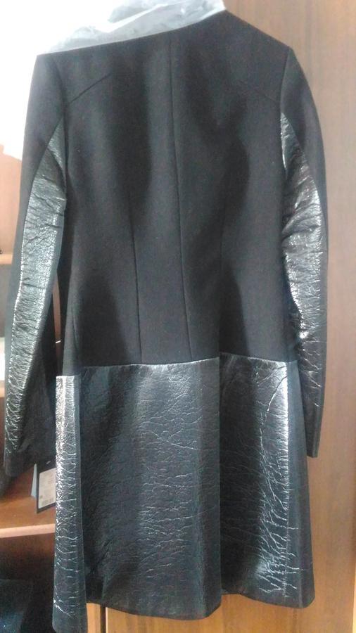 Продам пальто во Владивостоке