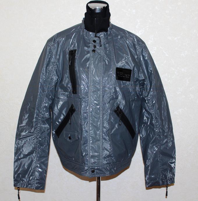 Куртка серая без капюшона