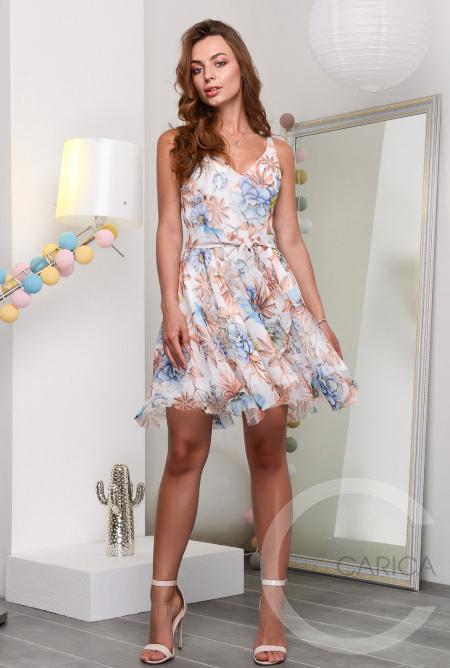 Нежное платье 42-44 размер во Владивостоке