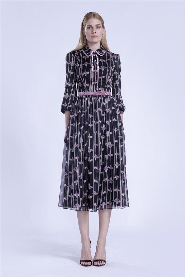 прекрасное платье, марка многим известна во Владивостоке
