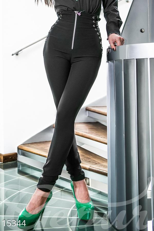 Классные штаны с завышенной талией 44-46 размер от Мегамодно во Владивостоке