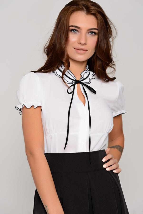 Блузка размер 50  на 48 во Владивостоке